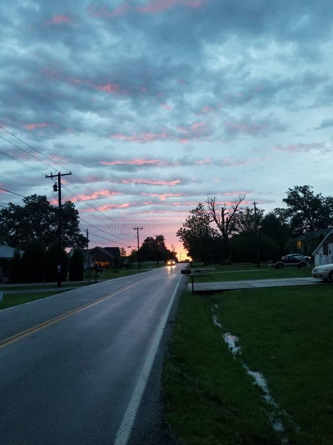 Solnedgångväg arkivbild