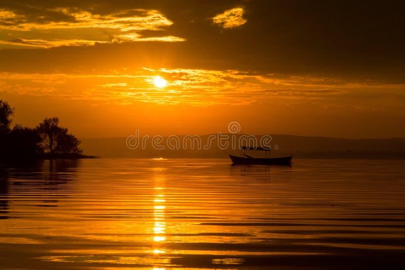 Solnedg?ng i golyazi fotografering för bildbyråer