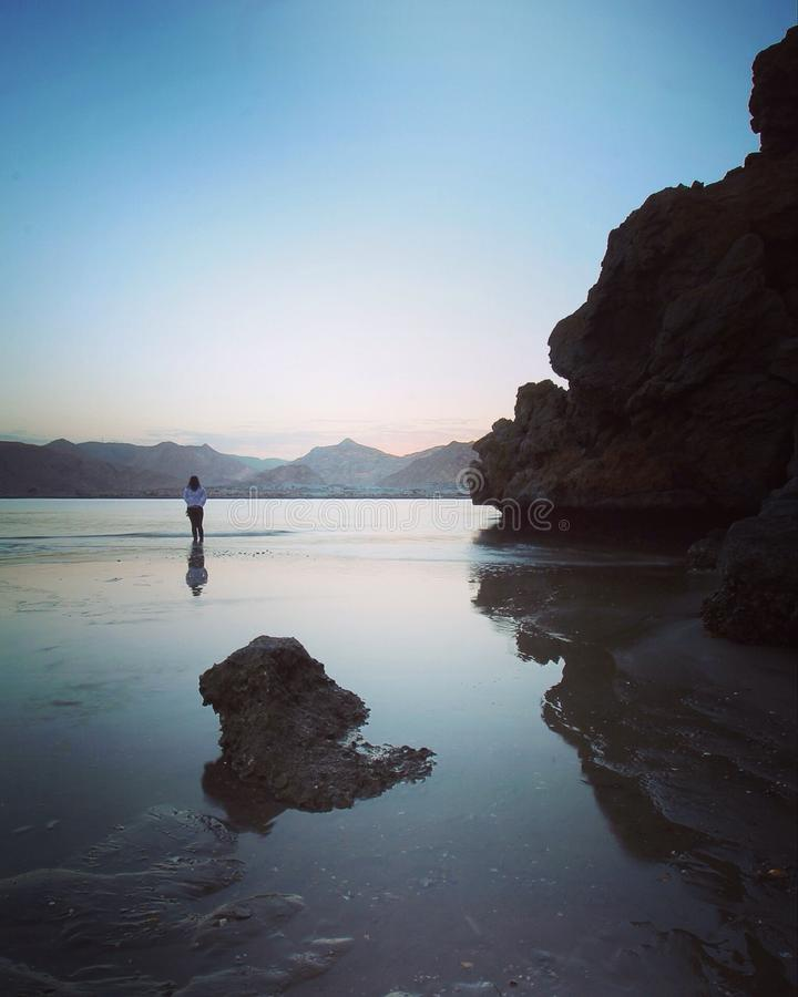 Solo en la playa fotografía de archivo libre de regalías