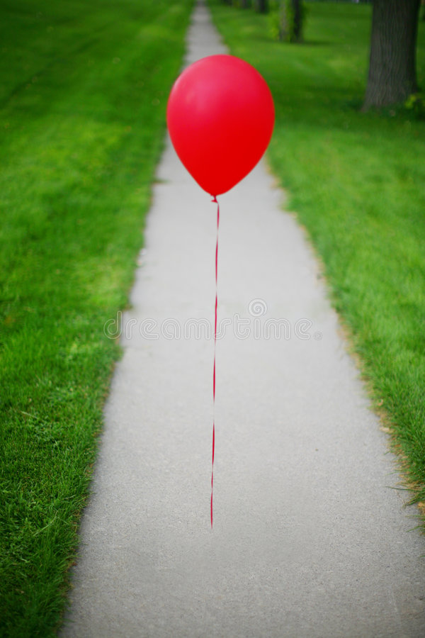 Solo globo rojo imagen de archivo