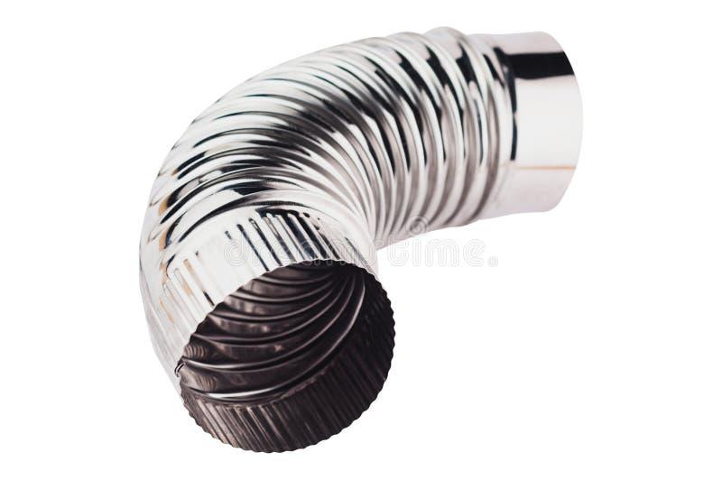 Solo tubo acanalado del codo del cromo para la ventilación en el hogar o la oficina o el otro edificio aislada en el fondo blanco imagenes de archivo