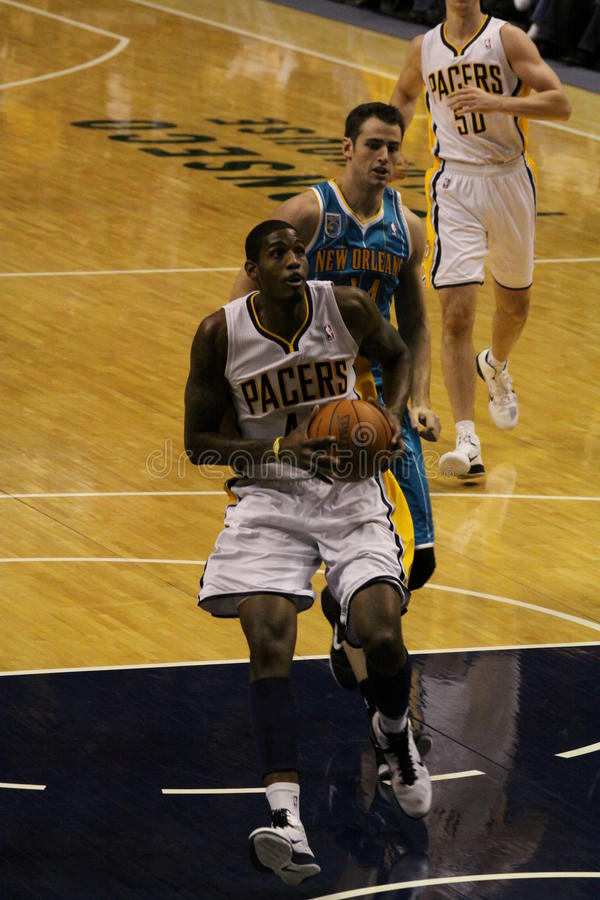 Solomon Jones Indiana Pacers attempting a dunk