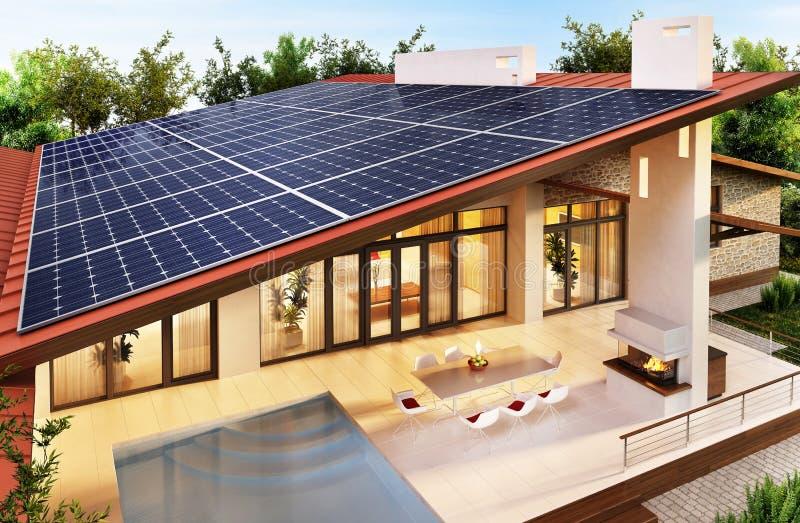 Solpaneler på taket av det moderna huset royaltyfria foton