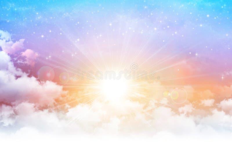 Solsken i en härlig himmel royaltyfri illustrationer