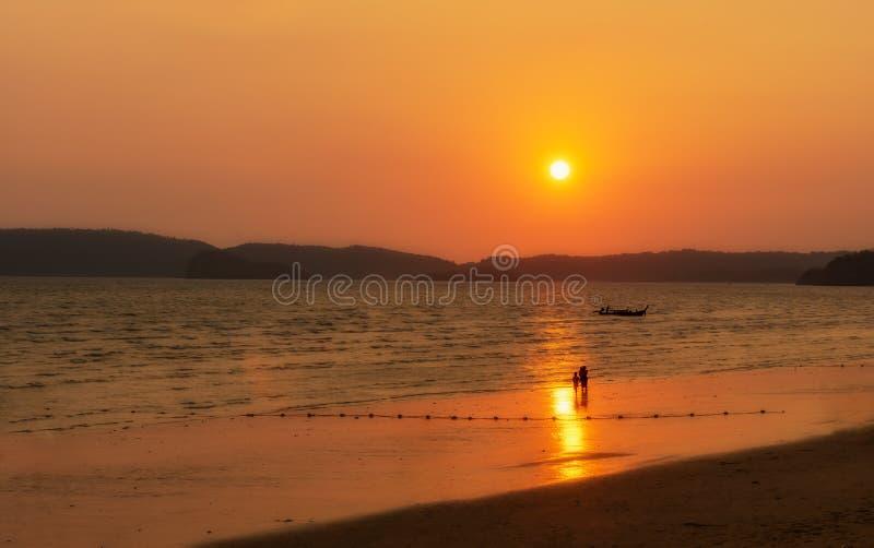 Solsken i Thailand royaltyfria foton