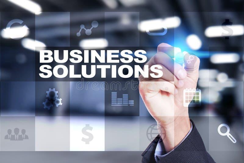 Soluciones del negocio en la pantalla virtual Concepto del asunto fotografía de archivo