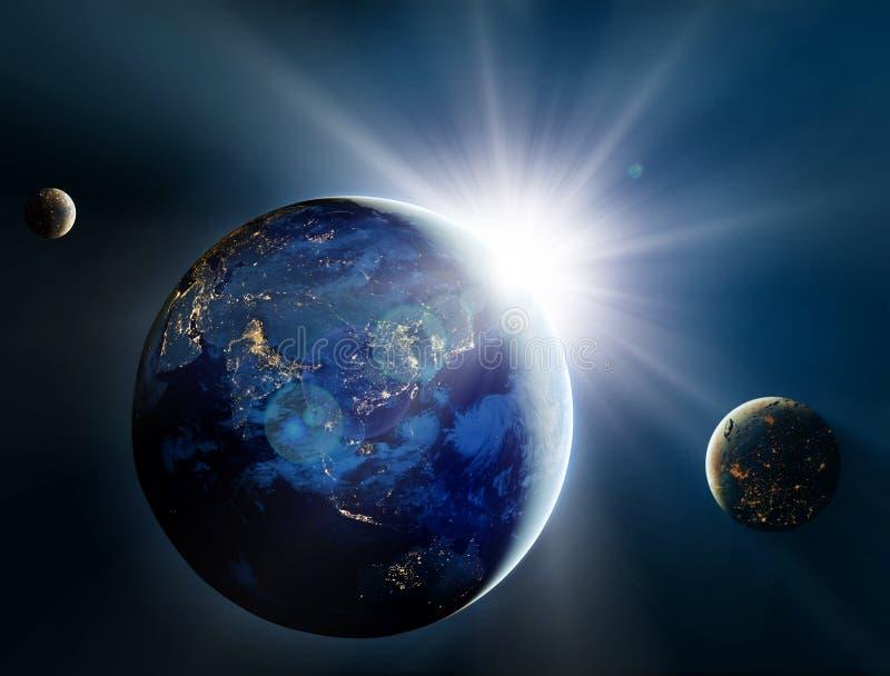 Soluppgång över planeten och satelliterna i utrymme. royaltyfri fotografi