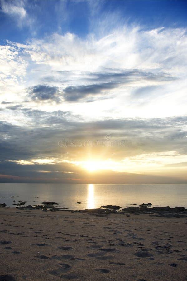 Soluppgång över sjön Malawi, Chintheche, Malawi fotografering för bildbyråer