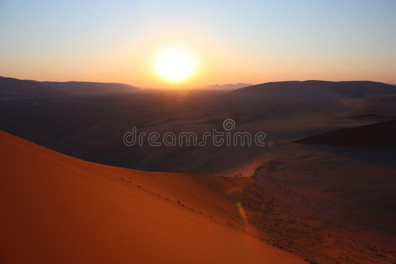 soluppgång för 45 dyn royaltyfri fotografi