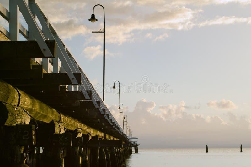 soluppgång för pirserieshorncliffe royaltyfria foton