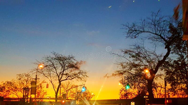 Soluppgång från ghegatan fotografering för bildbyråer
