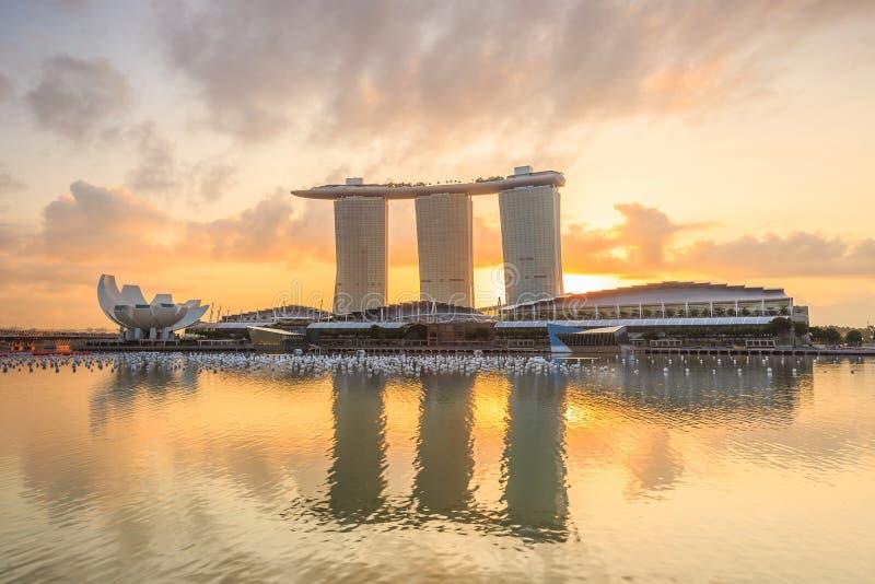 Soluppgång i morgonen på Singapore Marina Bay arkivfoton