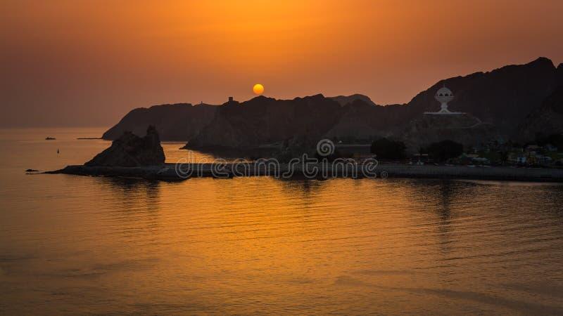Soluppgång i Muscat royaltyfri foto