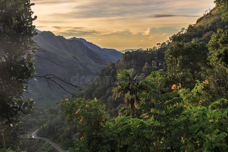 Soluppgång på Ella Gap - Sri Lanka arkivfoto