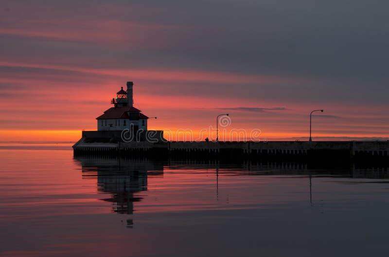 Soluppgång på kanalen parkerar - Duluth MN royaltyfria bilder