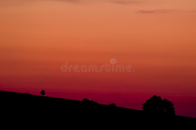 Soluppgång på tjeckiska centrala berg arkivbilder