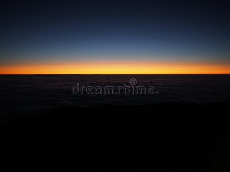 soluppgång USA washington för tillstånd för mt-nationalpark mer regnig Pulag arkivbilder