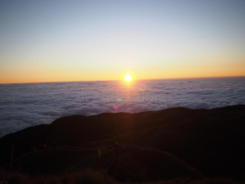 soluppgång USA washington för tillstånd för mt-nationalpark mer regnig Pulag arkivfoto