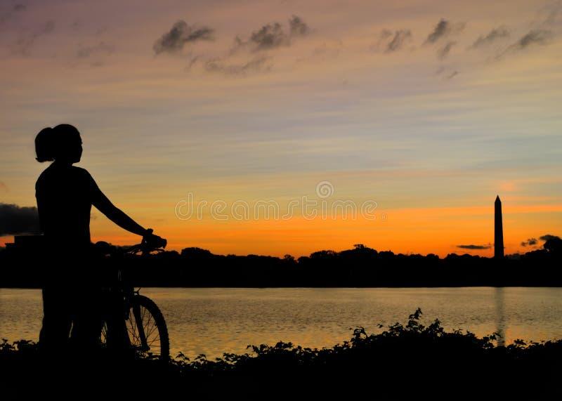 soluppgång washington för cykeldc-ritt arkivfoto