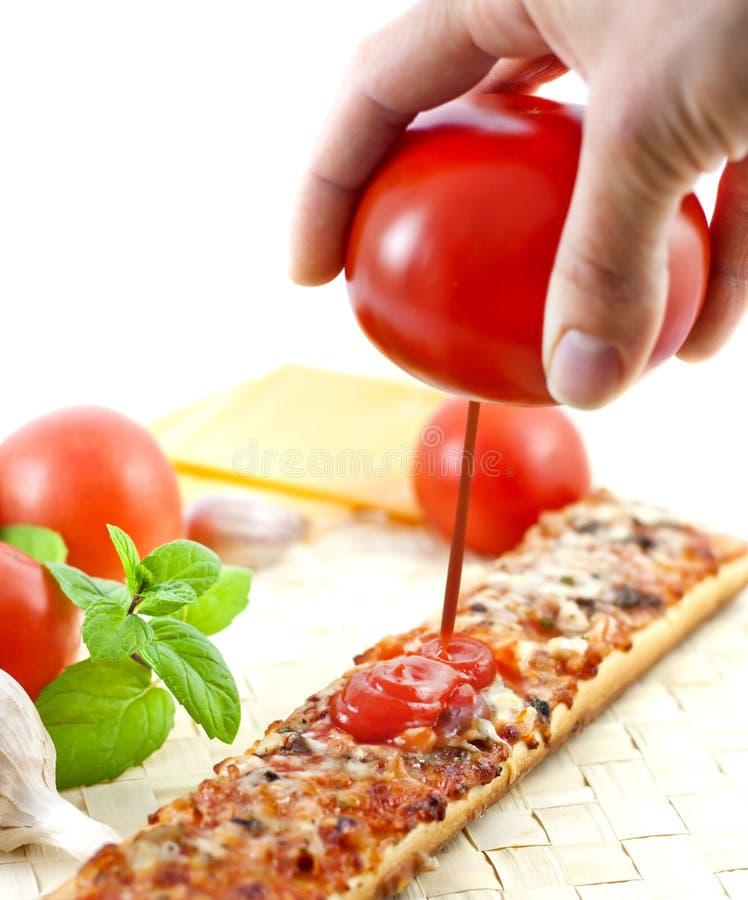 som begreppsketchup sammanpressad tomat royaltyfria bilder