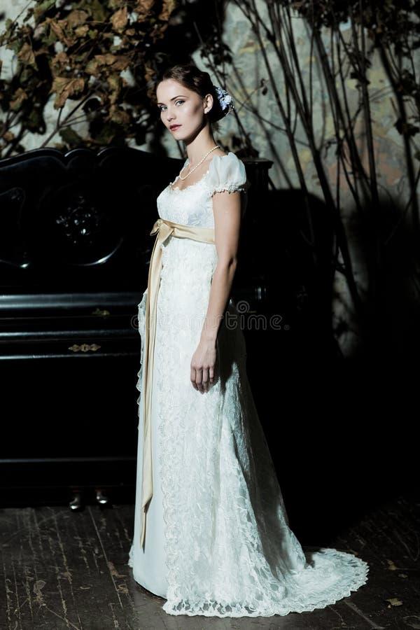 som brud klädd kvinna royaltyfria foton