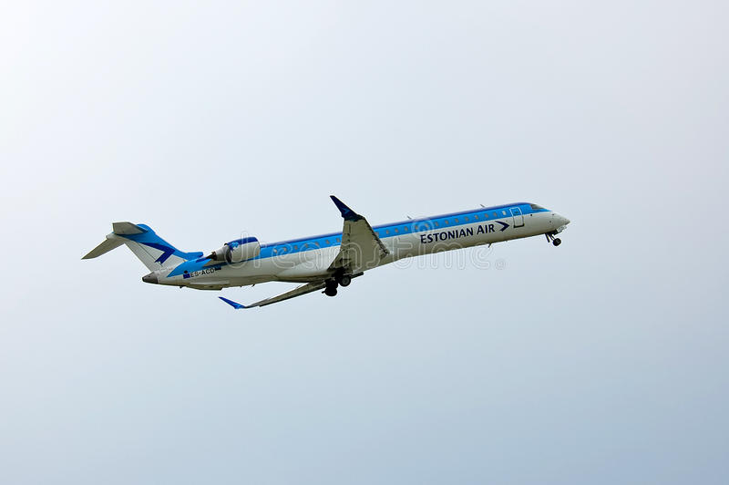 SOM Estonian Air Canadair CL-600 arkivfoton