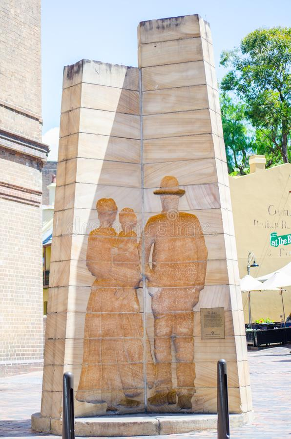 ` Som nybyggare`en är en skulptur lokaliserat i den Playfair gatan, vaggar skapat av Bud Dumas i 1979 som en minnesmärke till str fotografering för bildbyråer