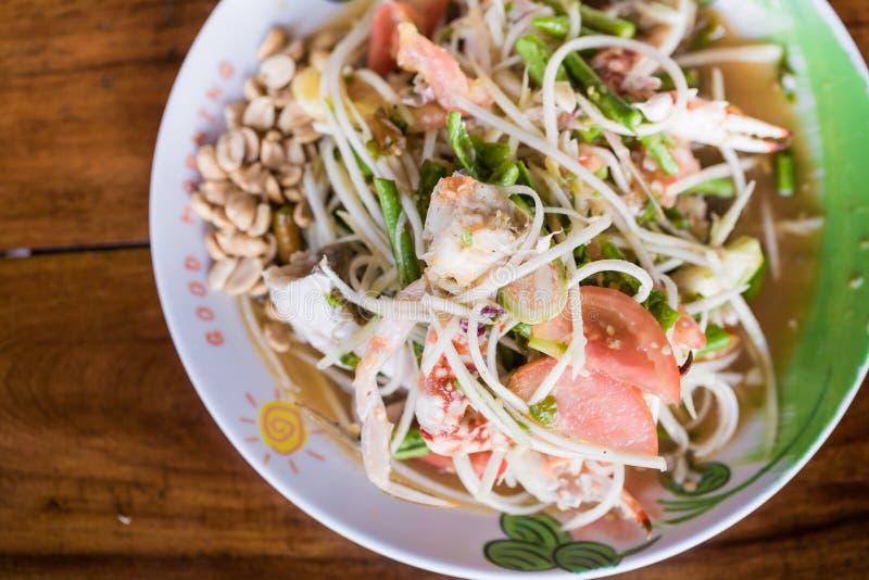 Som tum/Papaja kruidige salade stock afbeeldingen