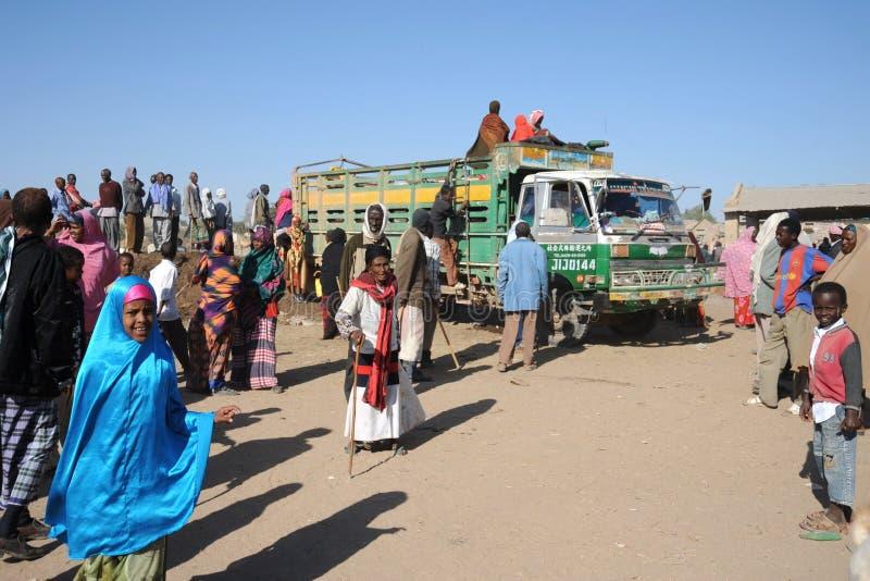 Somalis w ulicach miasto Hargeysa. zdjęcie royalty free