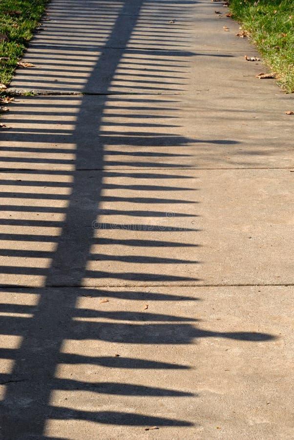 Sombra de la cerca foto de archivo libre de regalías