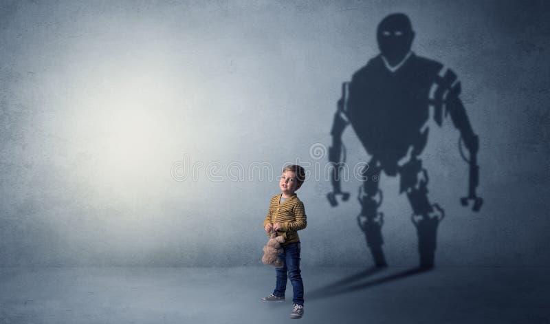Sombra de Robotman de un niño pequeño lindo imagenes de archivo