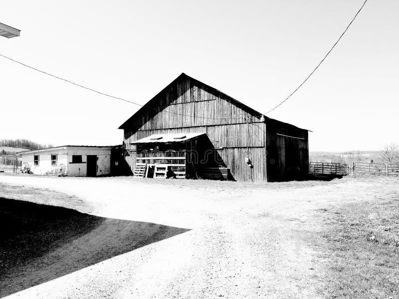 Sombra del granero del garaje foto de archivo libre de regalías