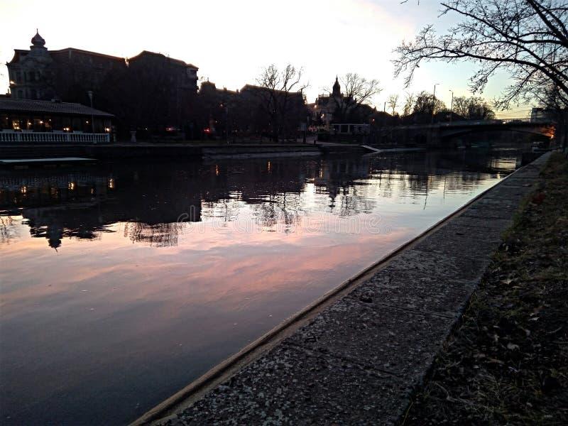 Sombra del río foto de archivo