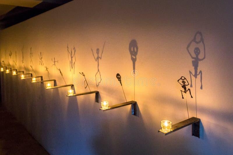 Sombra del símbolo en la pared, decoración para el día de fiesta de Halloween, fantasma de Halloween fotografía de archivo