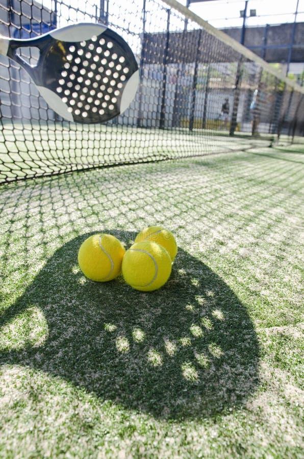 Sombra del tenis de la paleta imágenes de archivo libres de regalías