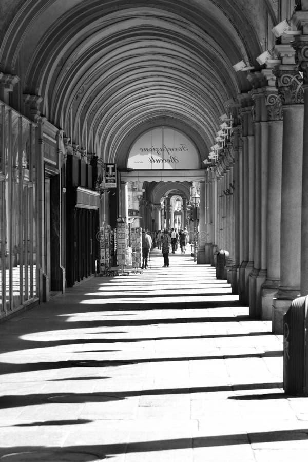 Sombras das curvas foto de stock