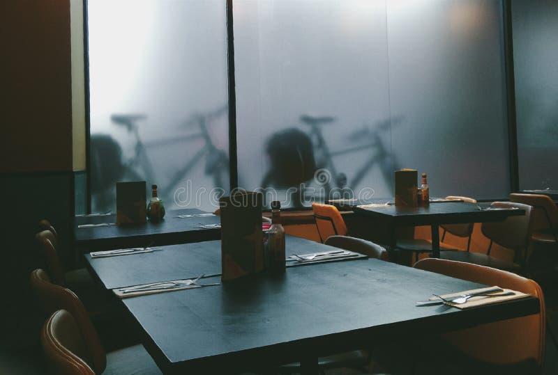 Sombras de la bici imagenes de archivo