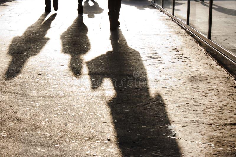 Sombras de la ciudad imagen de archivo