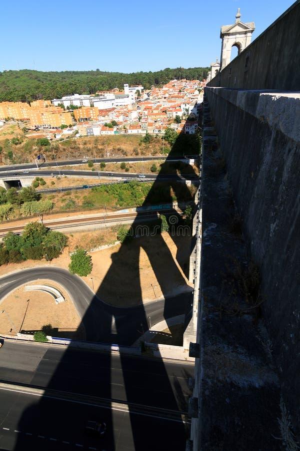 Sombras del acueducto foto de archivo