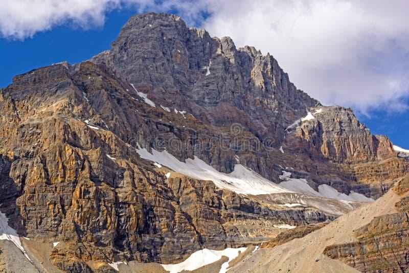 Sombras e luz em Rocky Peak fotografia de stock royalty free