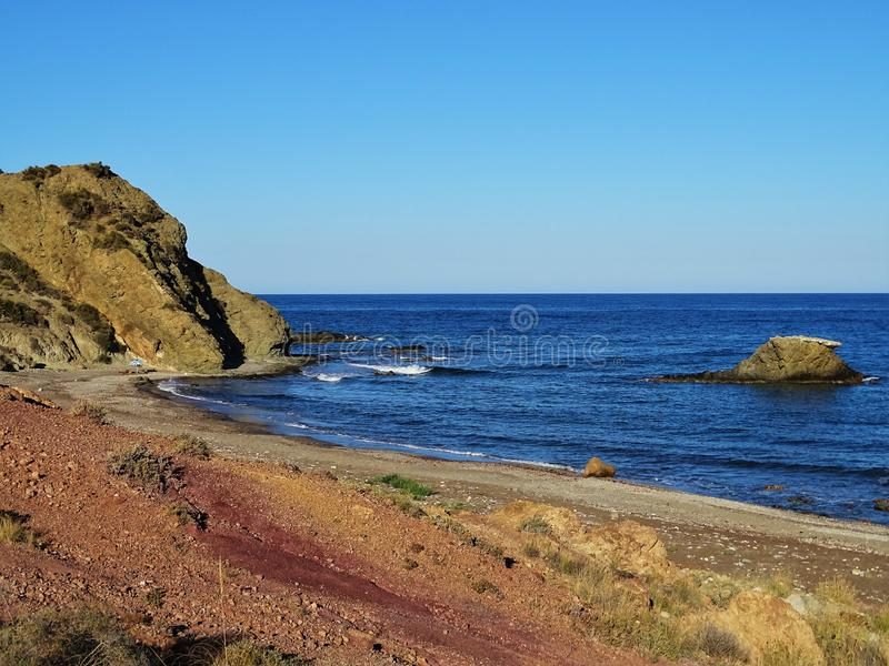 Sombrerico的海滩从莫哈卡尔阿尔梅里雅安大路西亚西班牙的 免版税库存照片