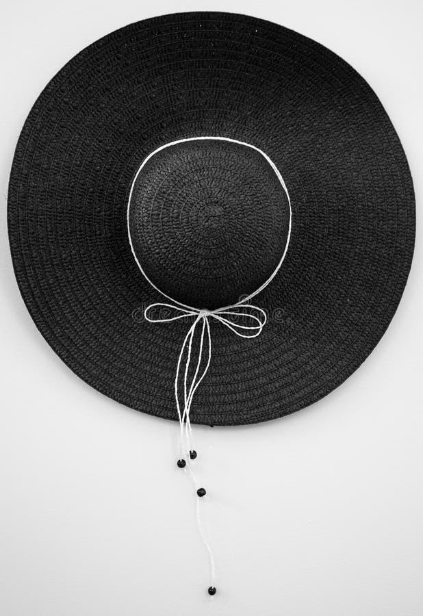 Sombrero de Sun issolated en el blackground blanco imagenes de archivo