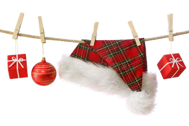 Sombrero y presentes de Papá Noel foto de archivo libre de regalías