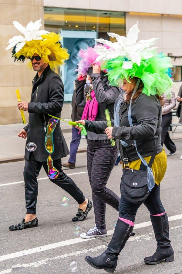Sombreros coloridos para el desfile de Pascua en Nueva York fotos de archivo libres de regalías