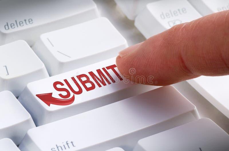 Someta la presentación en línea del botón del teclado fotos de archivo libres de regalías
