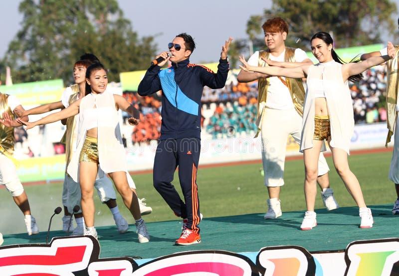 Somjit Jongjohor les quarantième jeux d'université de la Thaïlande de boxeur de concurrence thaïlandaise amateur de chant image libre de droits