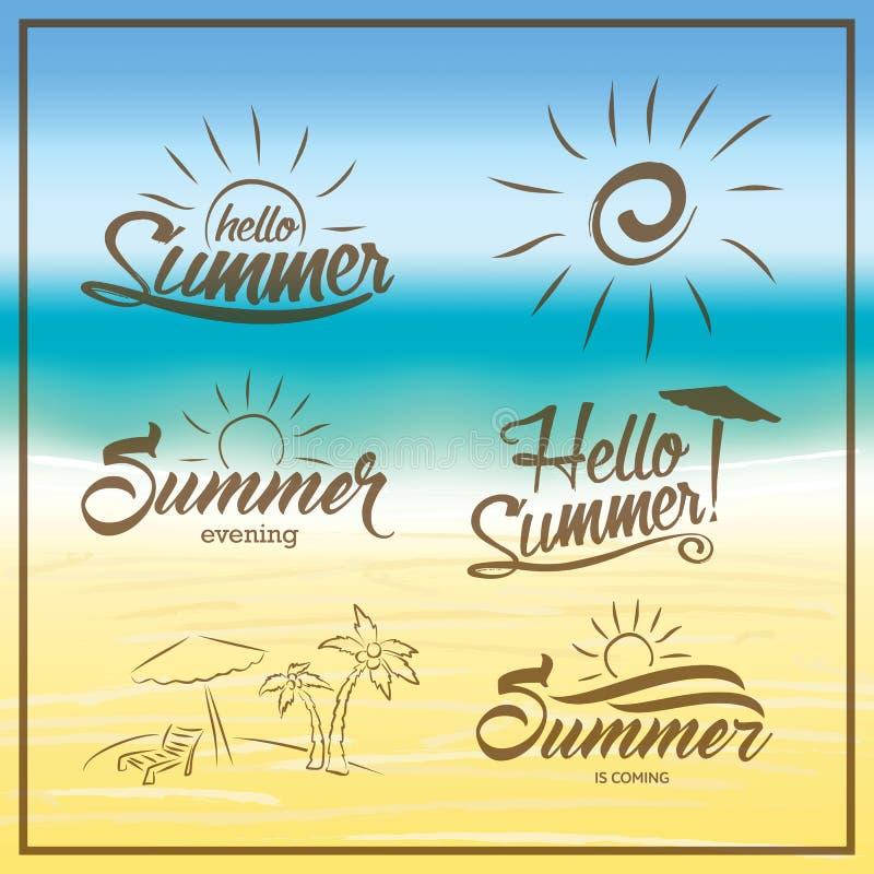 Sommar är kommande text på suddig sommarstrandbakgrund vektor illustrationer