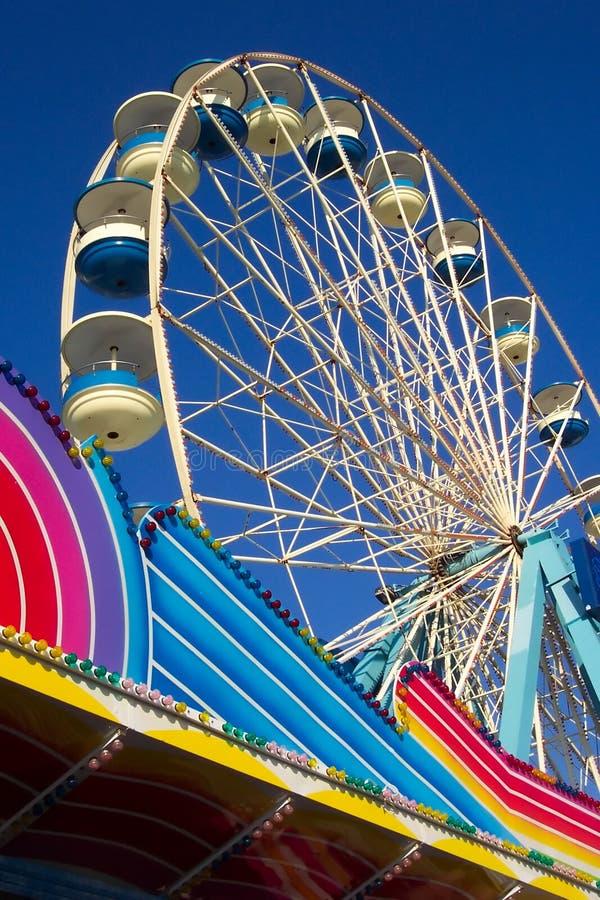 Download Sommar för slut s fotografering för bildbyråer. Bild av stad - 26741