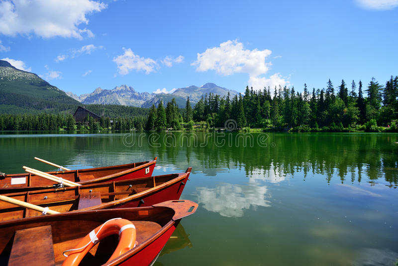 Sommar i höga Tatras berg royaltyfri bild