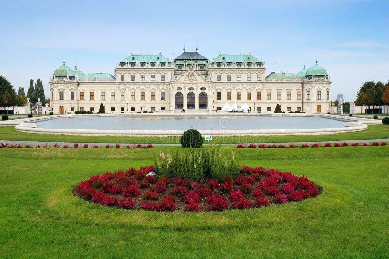 sommar vienna för Österrike belvedereslott arkivfoton